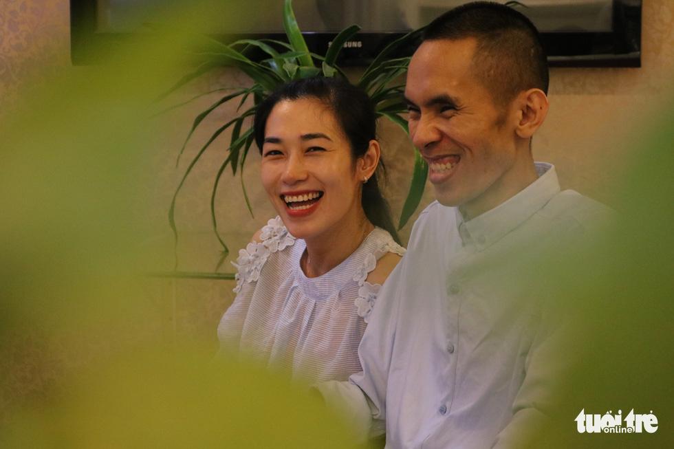 Love gives paraplegic Vietnamese man new life