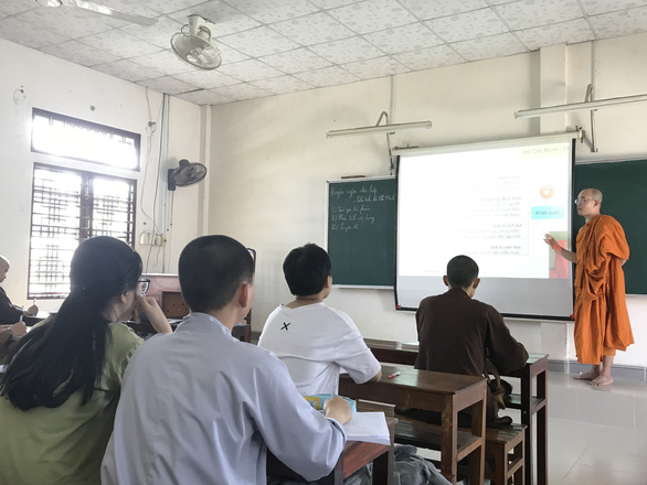 In Vietnam's Thua Thien-Hue, monk helps students prepare for life-deciding exam