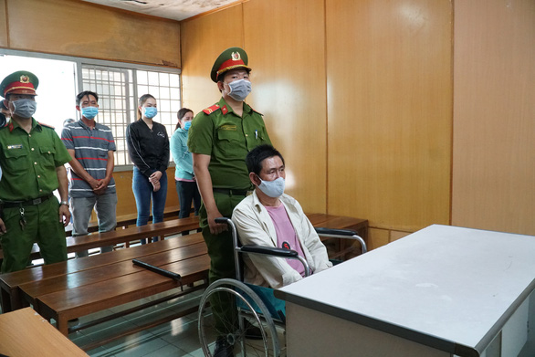 Vietnamese man gets death sentence for arson that killed three