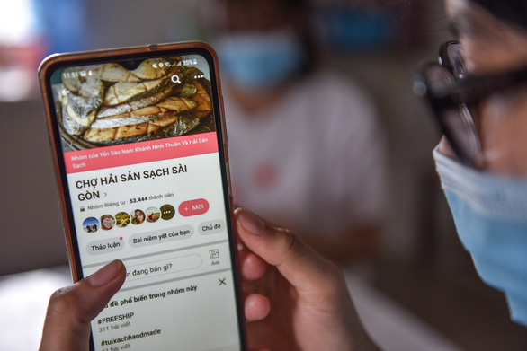 Vietnam looks to exact tax from buy and sell groups on Facebook