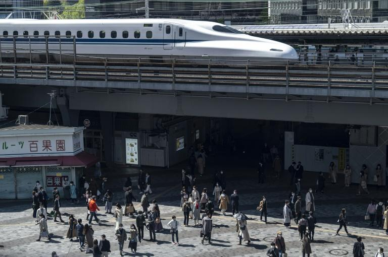 Japan bullet train driver left controls for high-speed toilet dash