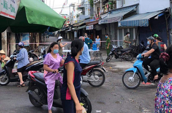 Ho Chi Minh City orders certain restaurants to cease sit-down service over COVID-19 cases