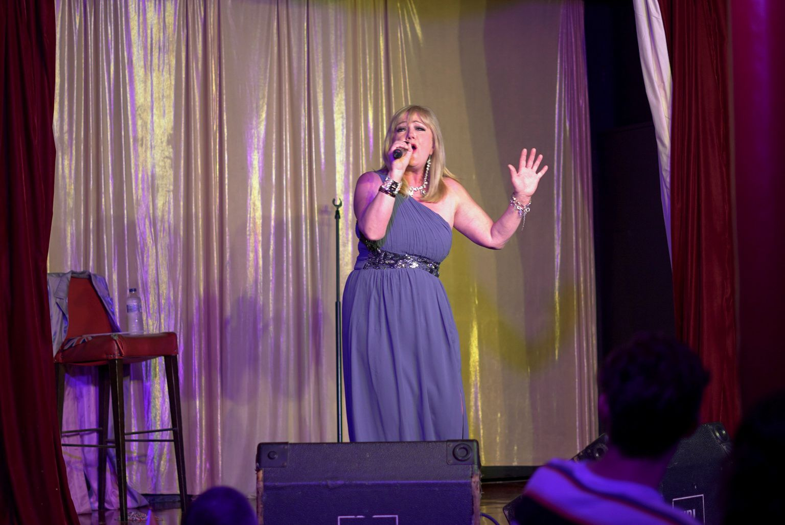 Former Eurovision entrant Nicki French sings onstage in London, Britain May 22, 2021. Photo: Reuters