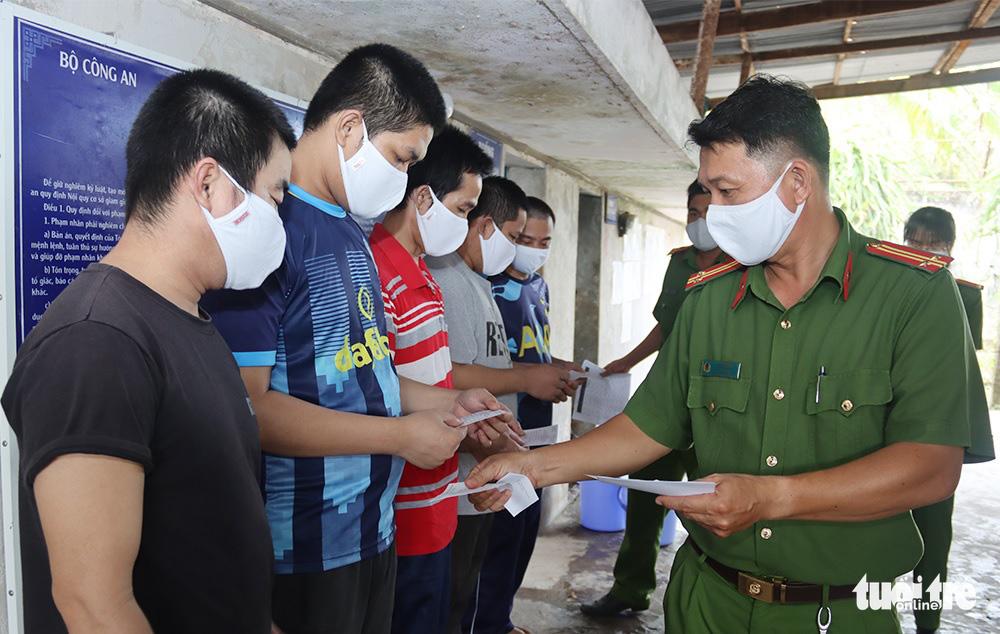 Detainees vote in Vietnam legislative election