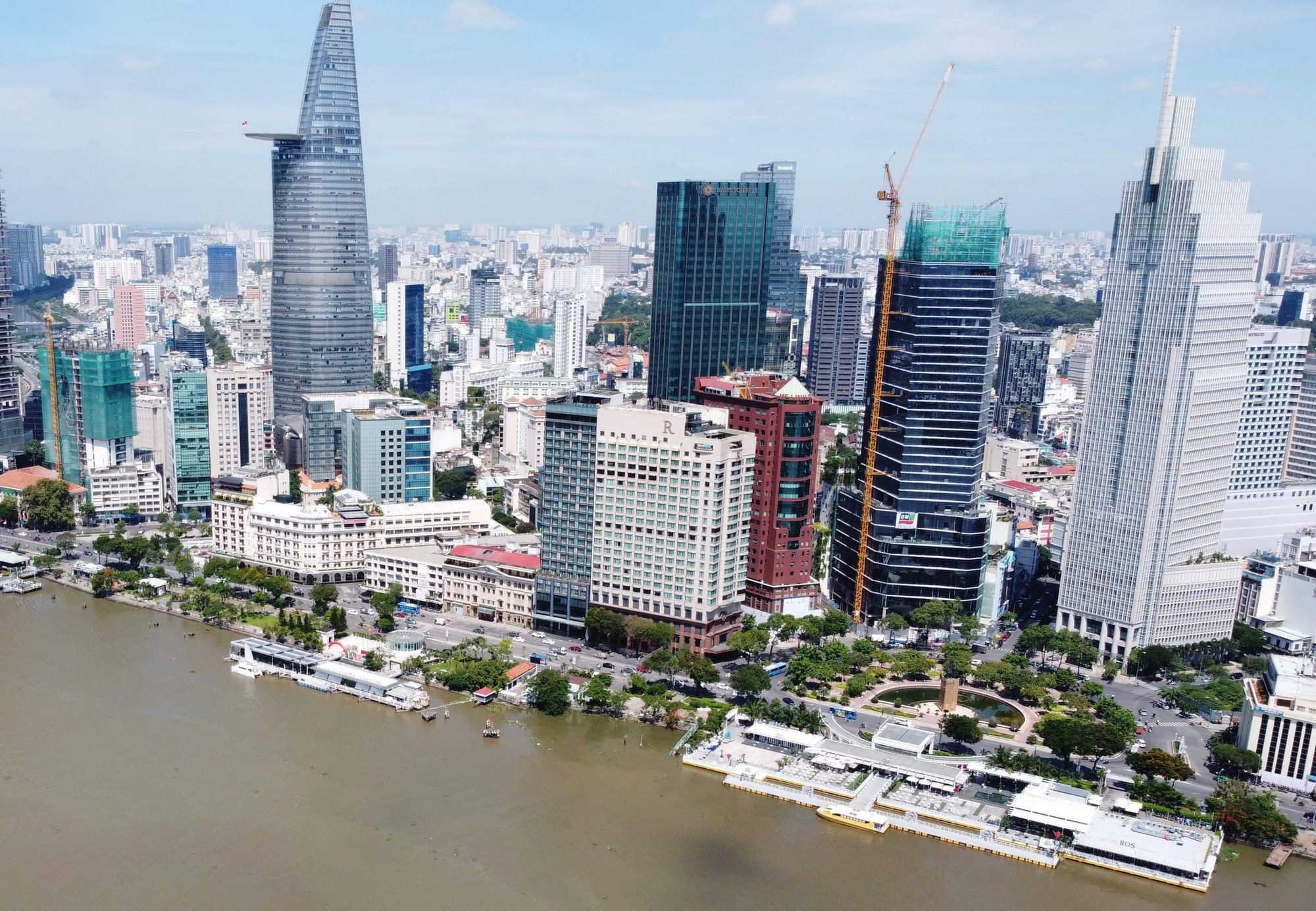 Ho Chi Minh City to move, fell 178 trees in downtown park