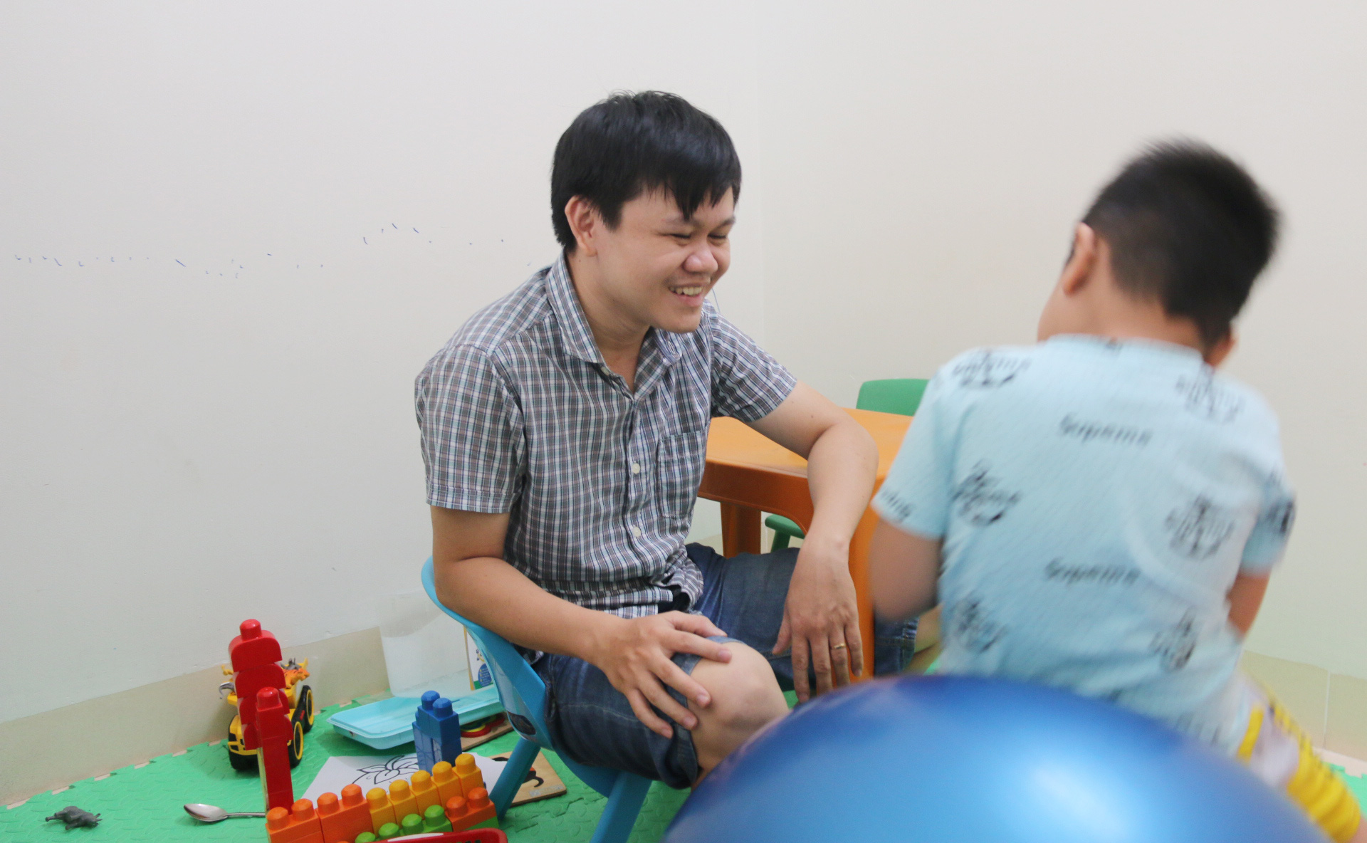 In central Vietnam, special education teacher devotes over a decade to autistic children