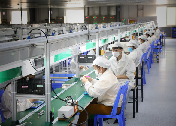 100,000 workers in Vietnam's COVID-19 epicenter to receive vaccination over next 7-10 days