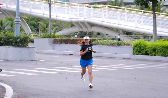 Nguyen Thi Mai Suong is in a training section of running in a supplied photo. Photo: M.S.