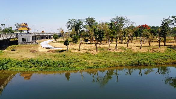 Vietnam's Thua Thien-Hue constructs imperial park on Da Vien Islet