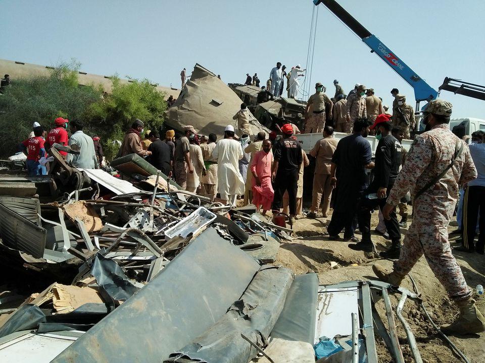 Train collision in Pakistan kills at least 30