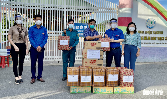 In central Vietnam, teachers send care packages to students in quarantine