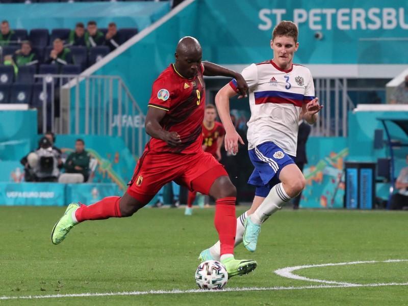 Lukaku eases Belgium past Russia to kick off Euro 2020 campaign