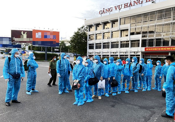 Ho Chi Minh City deports 13 foreign border jumpers