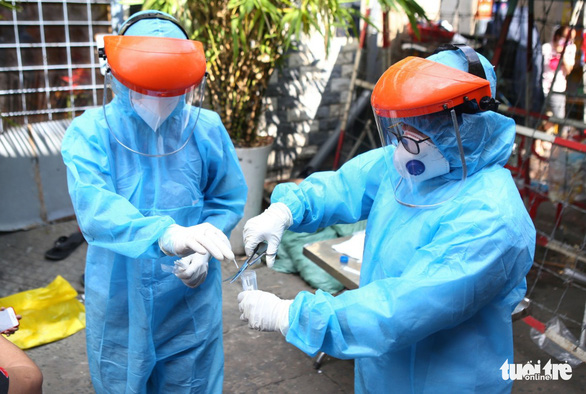 14 of Ho Chi Minh City's 75 new coronavirus patients tested negative three times prior to diagnosis