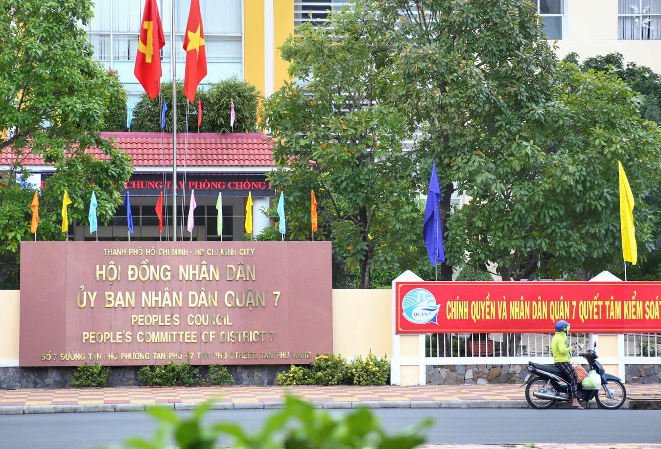 In Ho Chi Minh City, district-level civil servant tests positive for coronavirus
