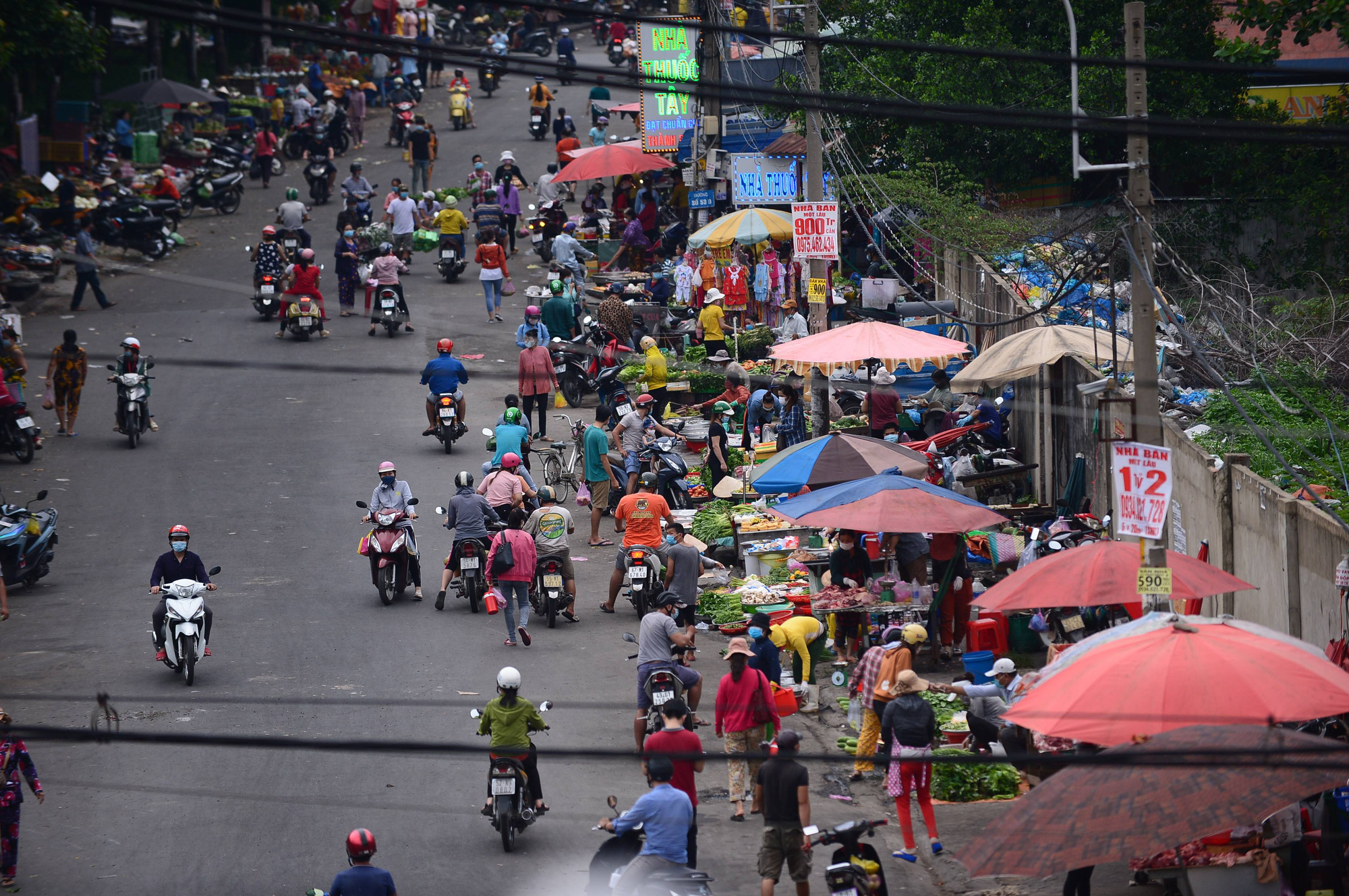 Street vendor afront massive Taiwanese corporate in Ho Chi Minh City catches COVID-19
