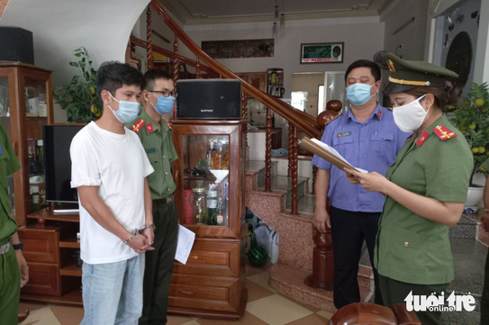 Company directors indicted for helping foreigners enter Vietnam illegally under cover of experts