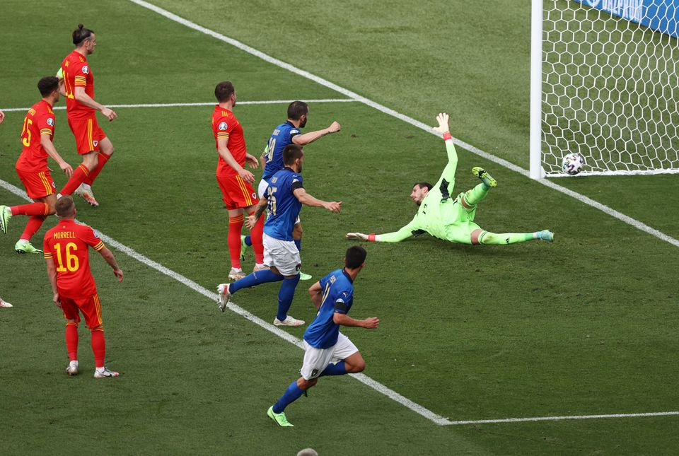 New-look Italy beat Wales as both teams advance to last 16
