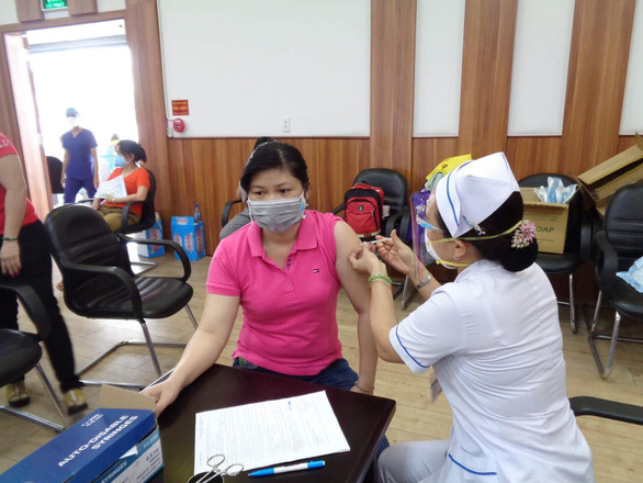 Vietnam's local case tally approaches 10,000 in fourth coronavirus wave
