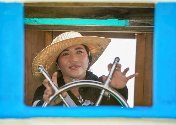A woman who sails a ship on Vietnam's southern seas