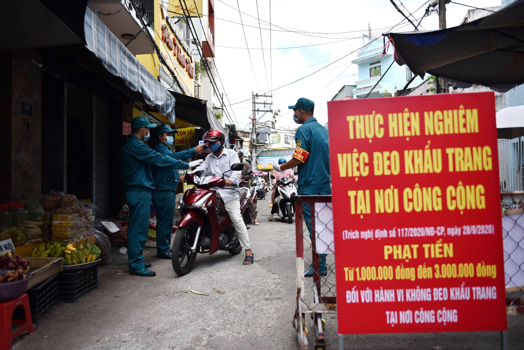 What are social distancing measures in Ho Chi Minh City?