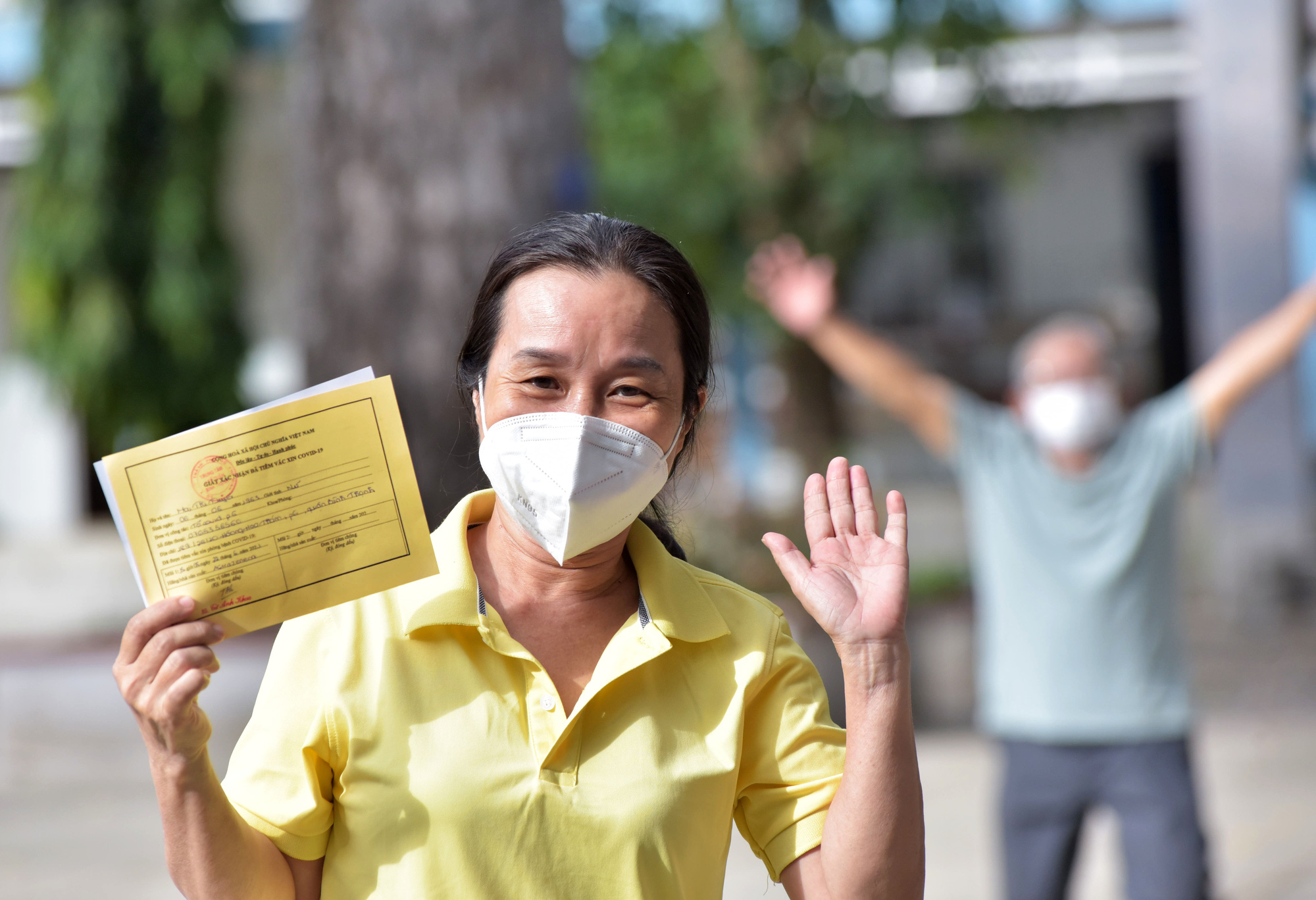 Ho Chi Minh City citizens eagerly participate in its largest-ever COVID-19 inoculation campaign