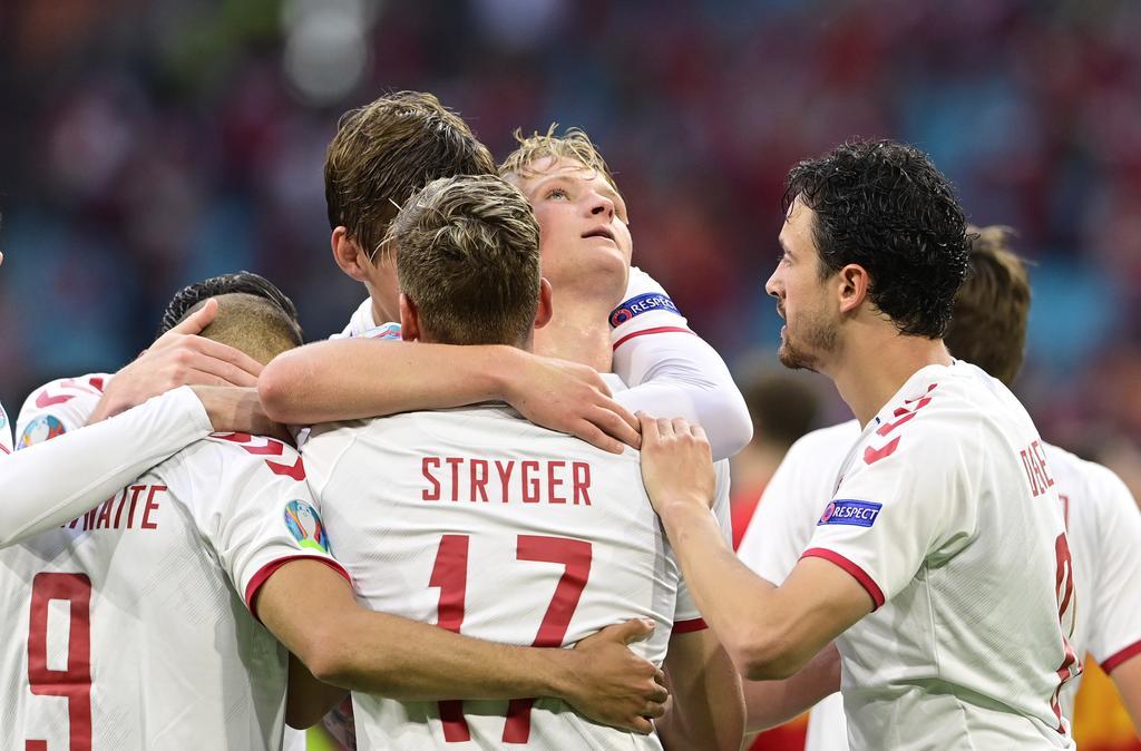 Denmark demolish Wales 4-0 to reach Euro quarters