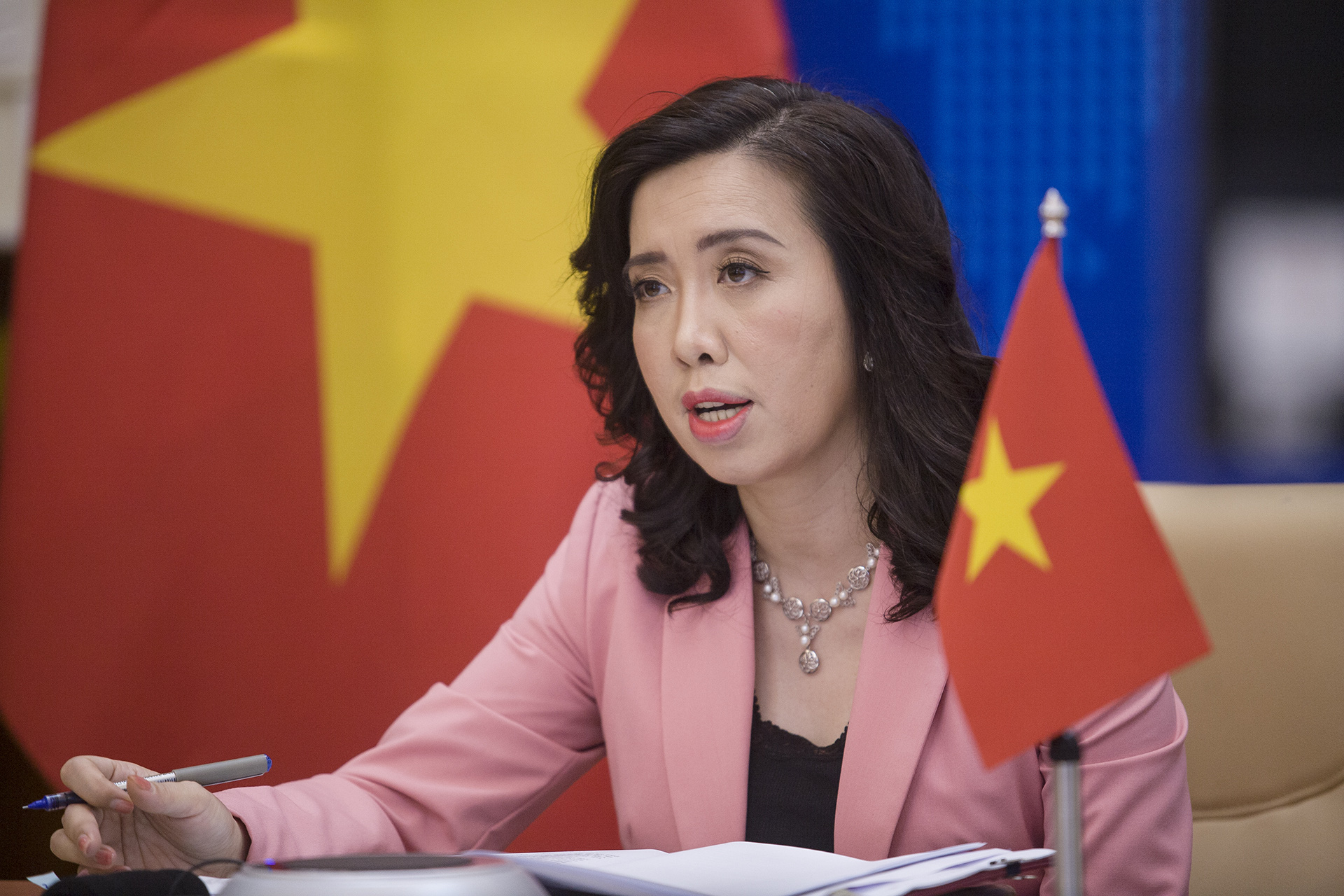 Foreign citizens in Vietnam to be vaccinated against COVID-19: foreign ministry spokesperson