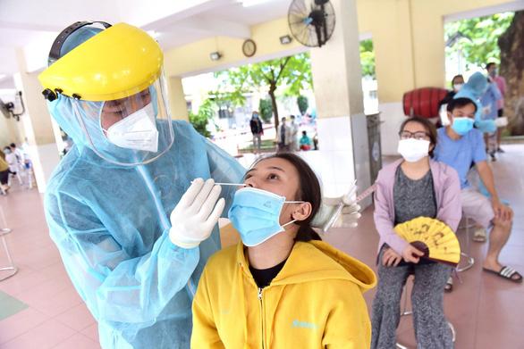 Ho Chi Minh City keeps applying social distancing measures amid COVID-19 escalation