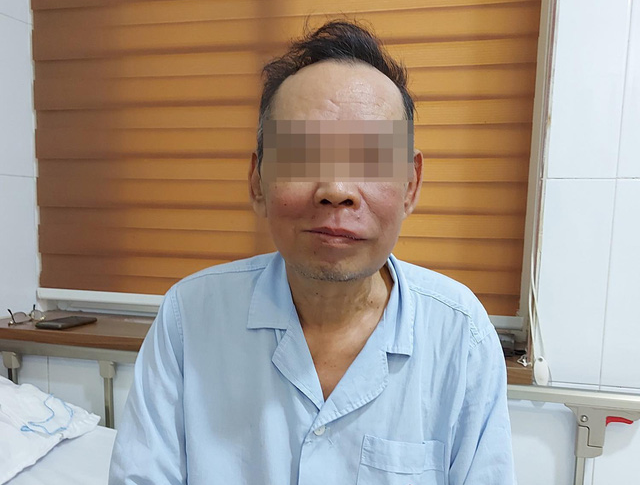 Vietnamese man suffers facial disfigurement from oral cancer as pandemic delays hospital visit