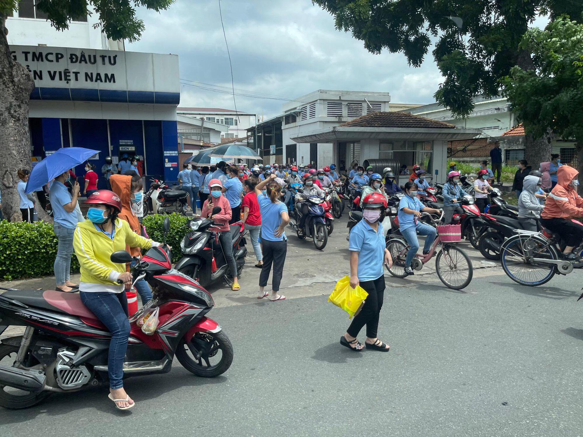 Ho Chi Minh City shutters 21,000-staff company over new coronavirus infections