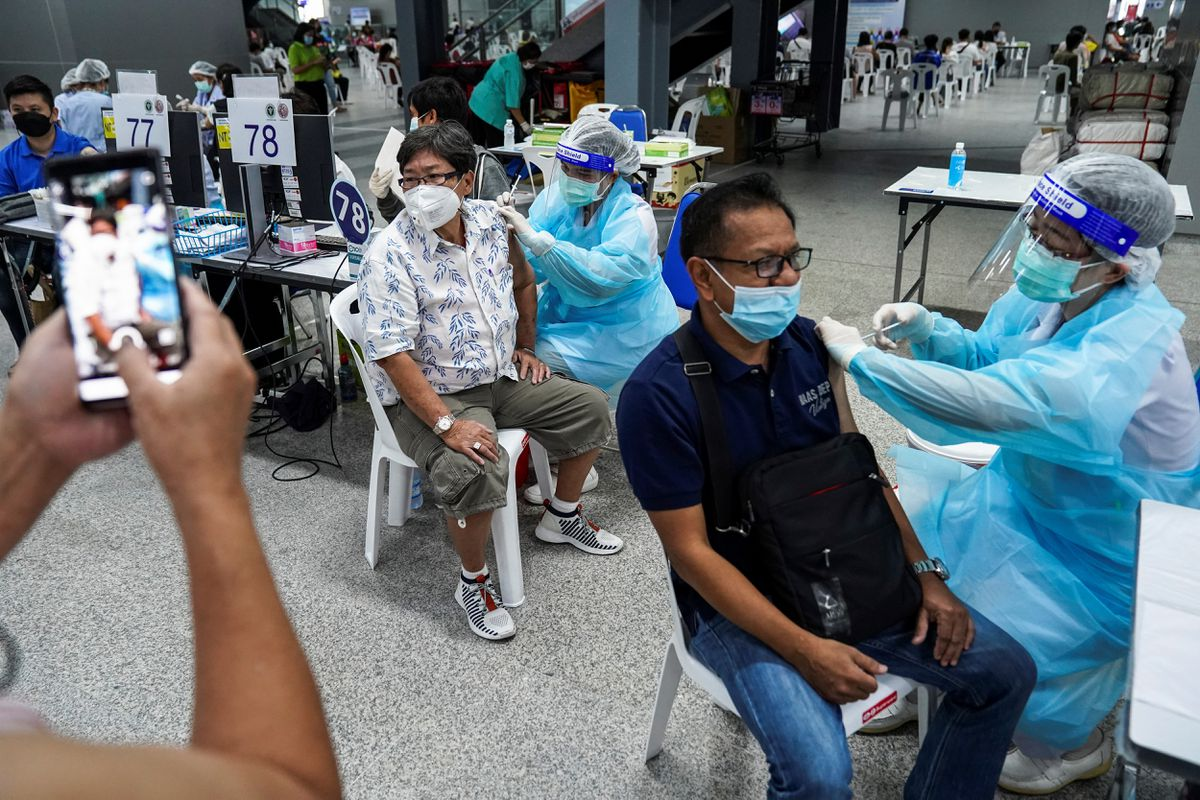 Thailand says AstraZeneca asked to delay delivery of 61 mln vaccine doses