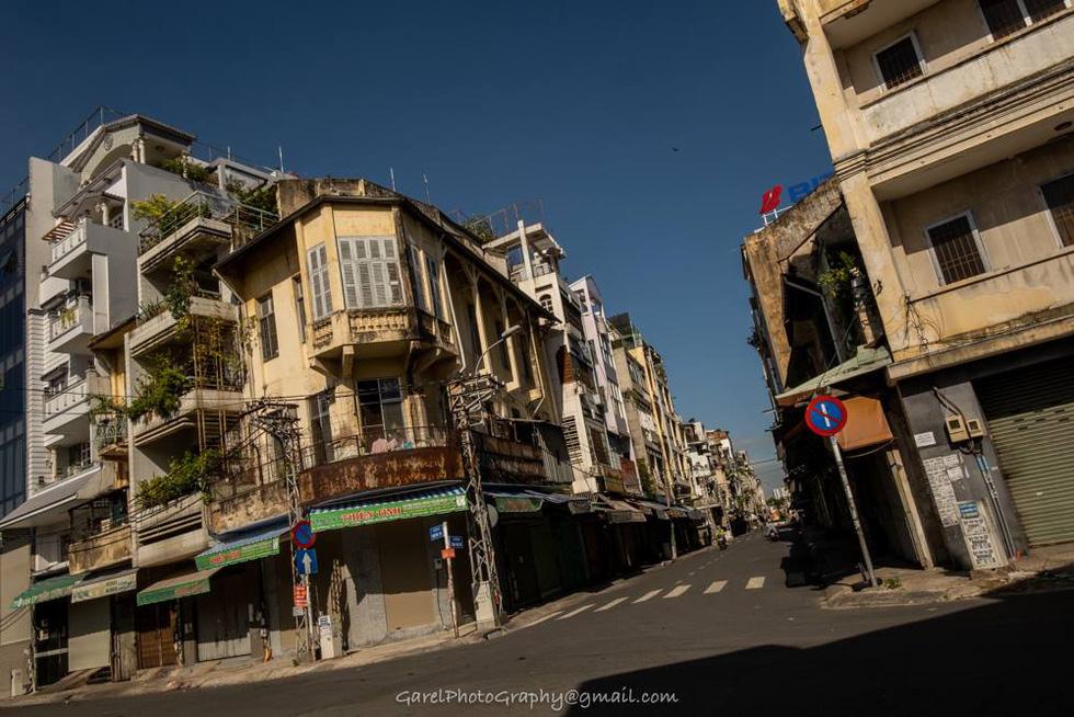 Shophouses on Trinh Hoai Duc Street, District 5, Ho Chi Minh City. Photo: Alexandre Garel
