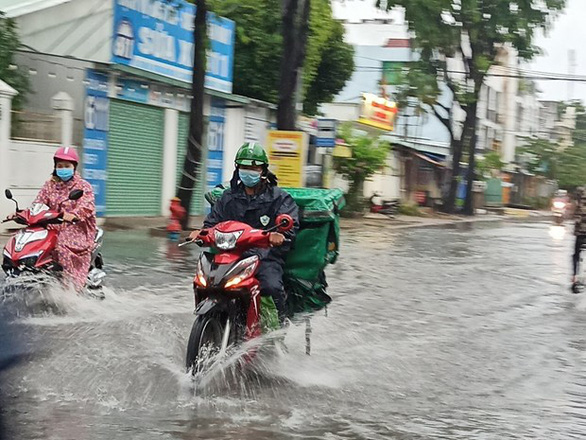 Tropical depression with unpredictable movement brings widespread rain to northern Vietnam