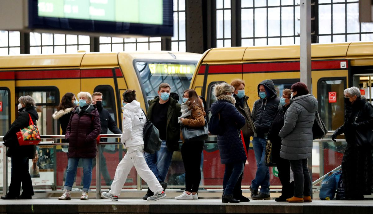 Merkel aide warns of COVID-19 surge in Germany over coming weeks