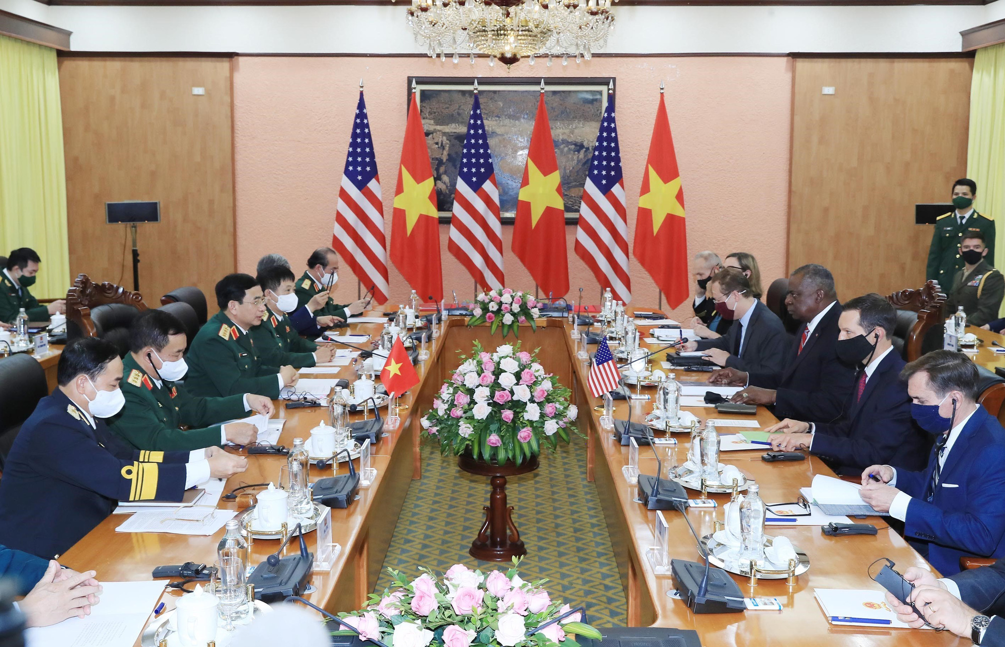 United States Secretary of Defense Lloyd Austin and Vietnamese Minister of National Defense Phan Van Giang hold talks in Hanoi, July 29, 2021. Photo: Vietnam News Agency