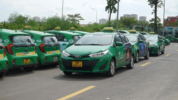 Hanoi allows traditional taxi operator to run 200 cabs during public transport ban