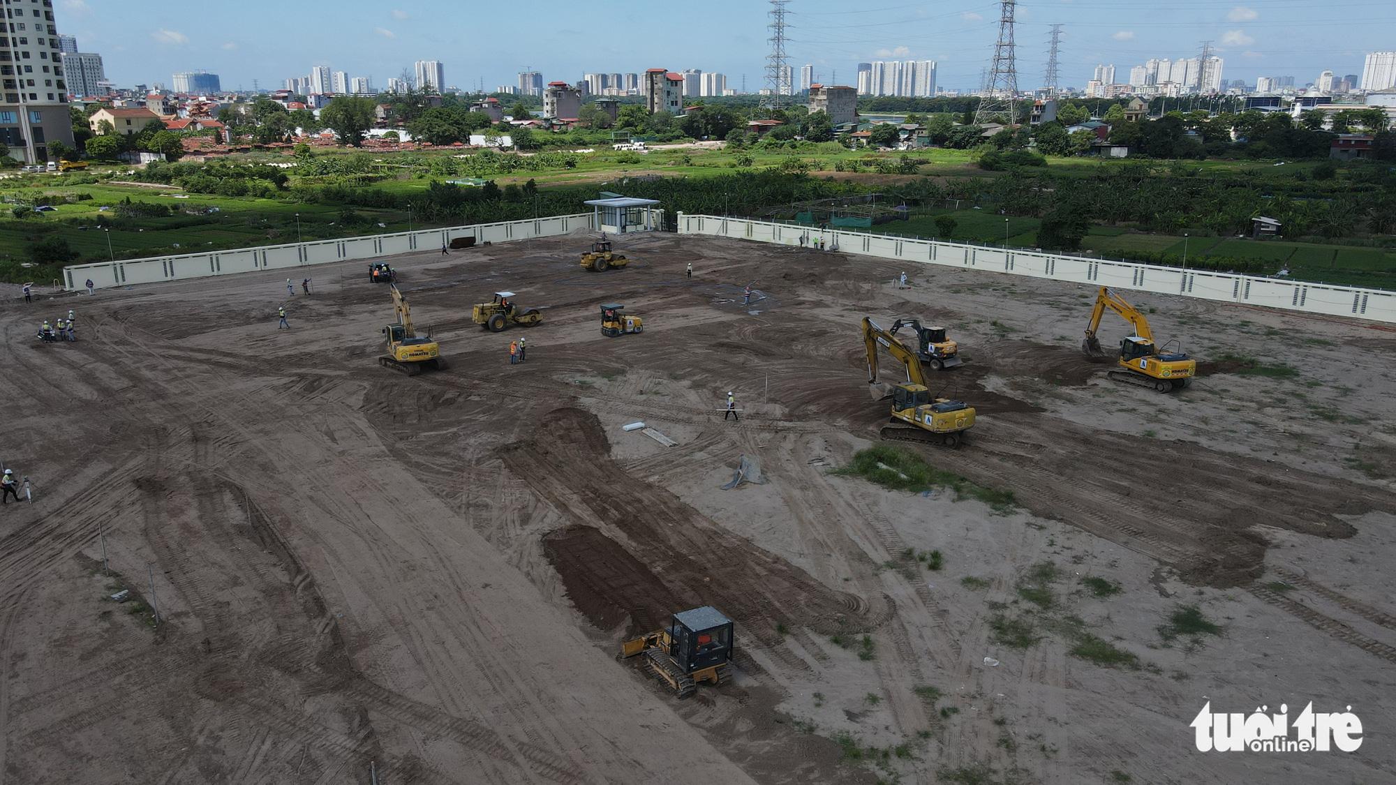 Hanoi builds 500-bed COVID-19 field hospital