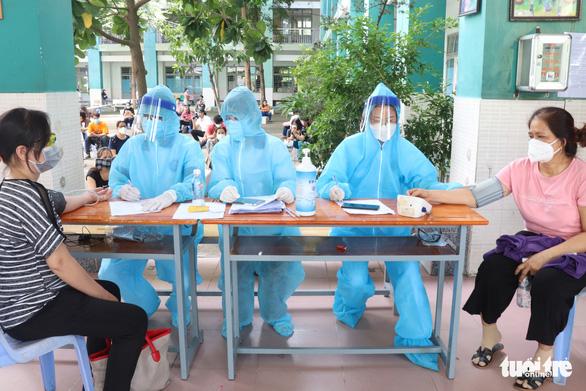 Vietnam announces nearly 8,600 local coronavirus cases, over 4,400 recoveries