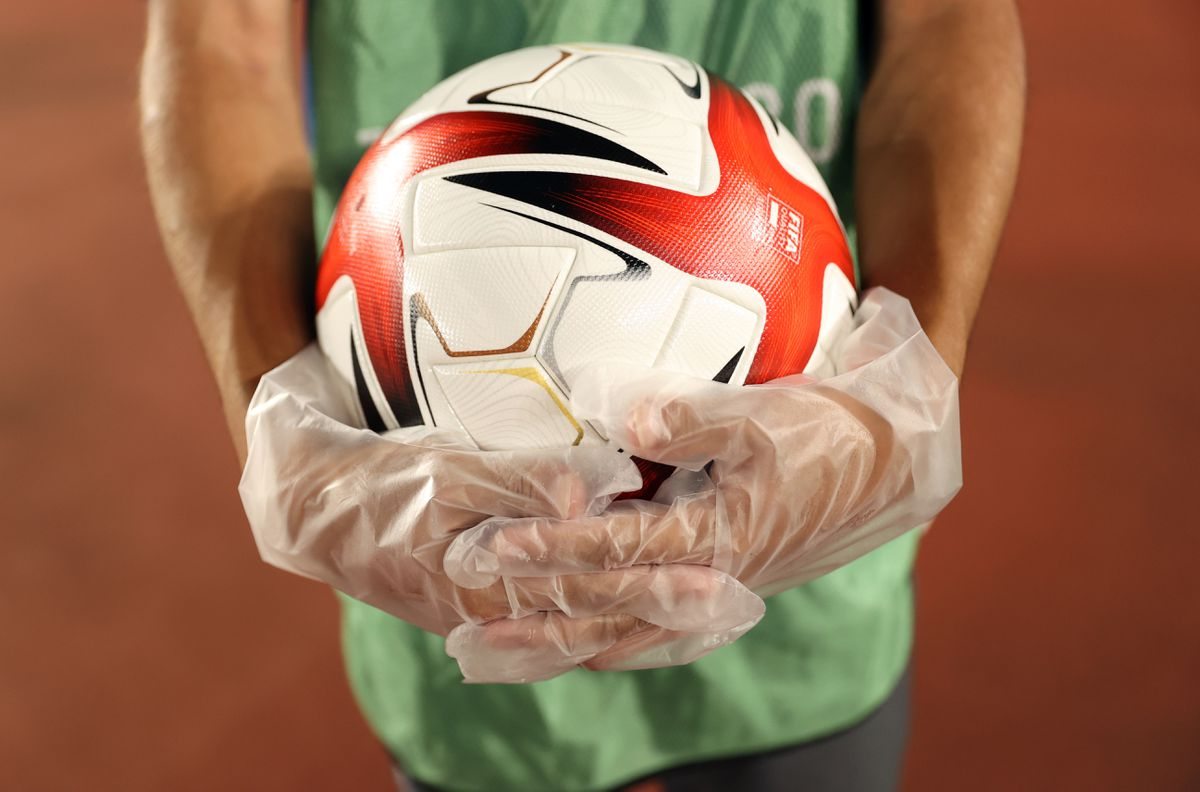 Footballs should be sold with health warning, says dementia expert