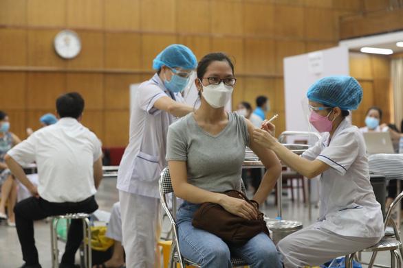 Vietnam logs nearly 8,400 new locally-acquired coronavirus infections
