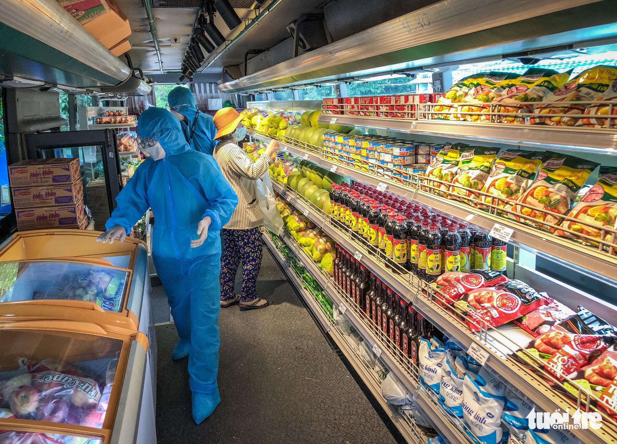 Bus transformed into mini-supermarket in Ho Chi Minh City