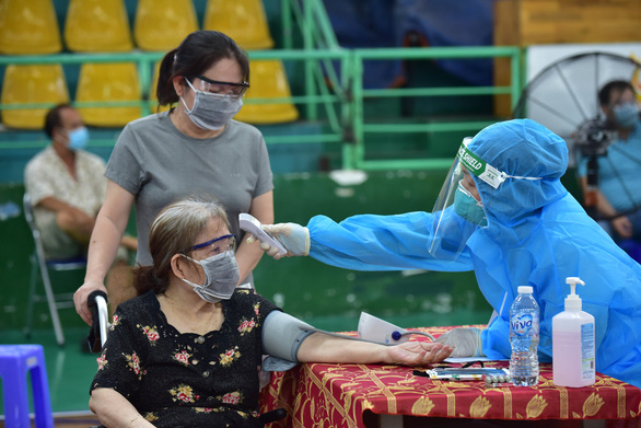 Gov't orders Ho Chi Minh City to control COVID-19 outbreak by mid-September