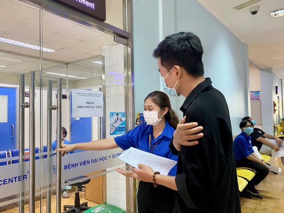 10,000 students get coronavirus vaccination in Ho Chi Minh City