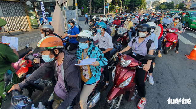 About 1mn people go out every day despite travel restrictions in Ho Chi Minh City