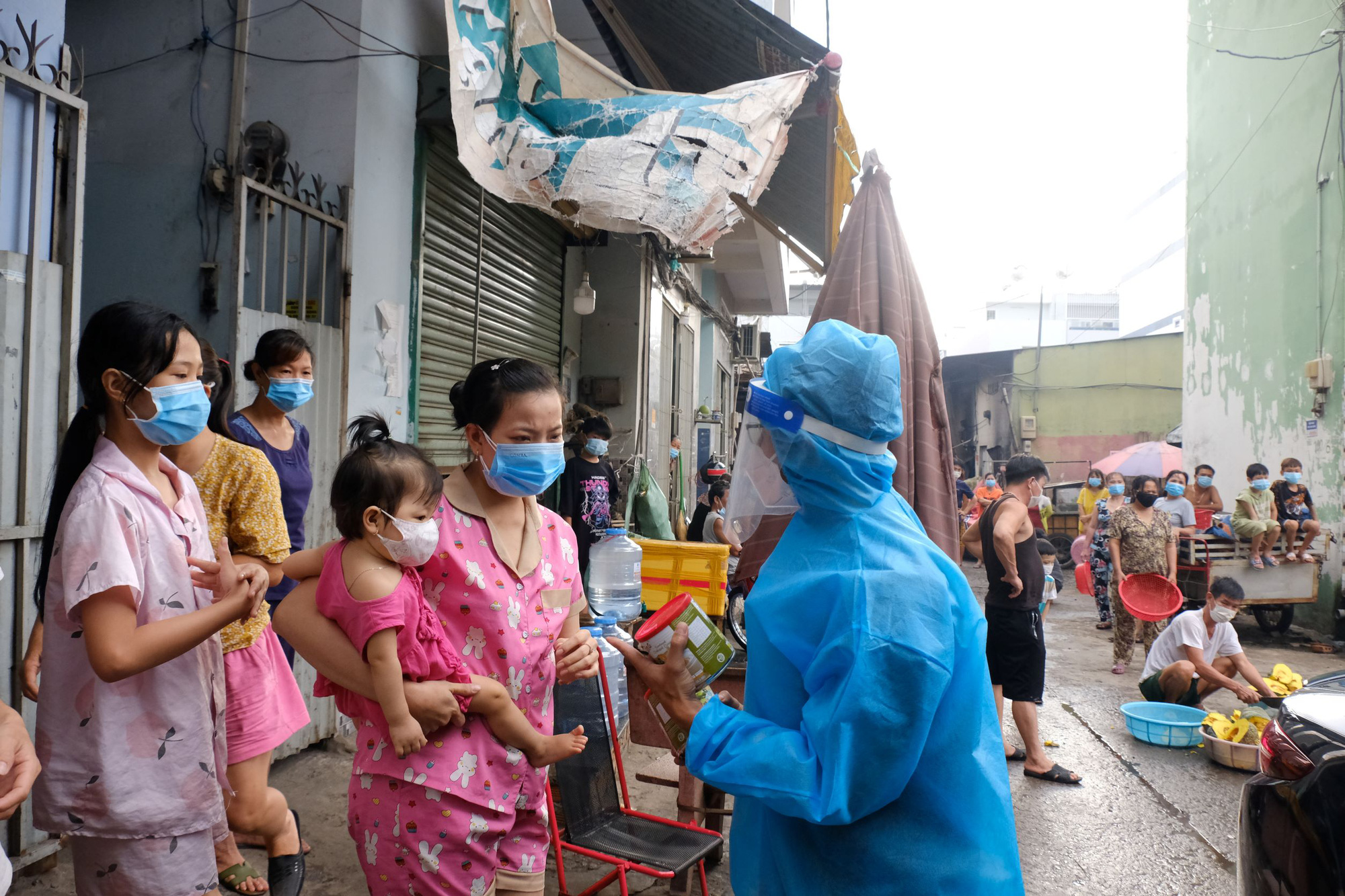 Ho Chi Minh City seeks $1.22bn aid for the poor from central budget