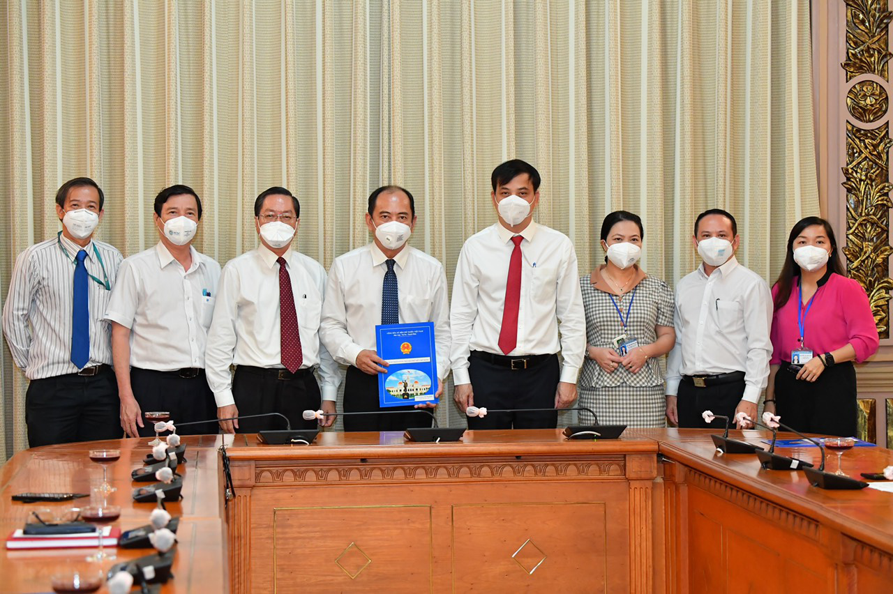 Ho Chi Minh City appoints new director of health department