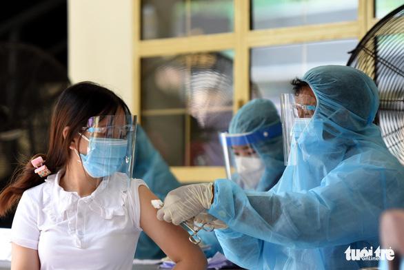 Vietnam reports 11,569 new local coronavirus cases, 18,567 recoveries
