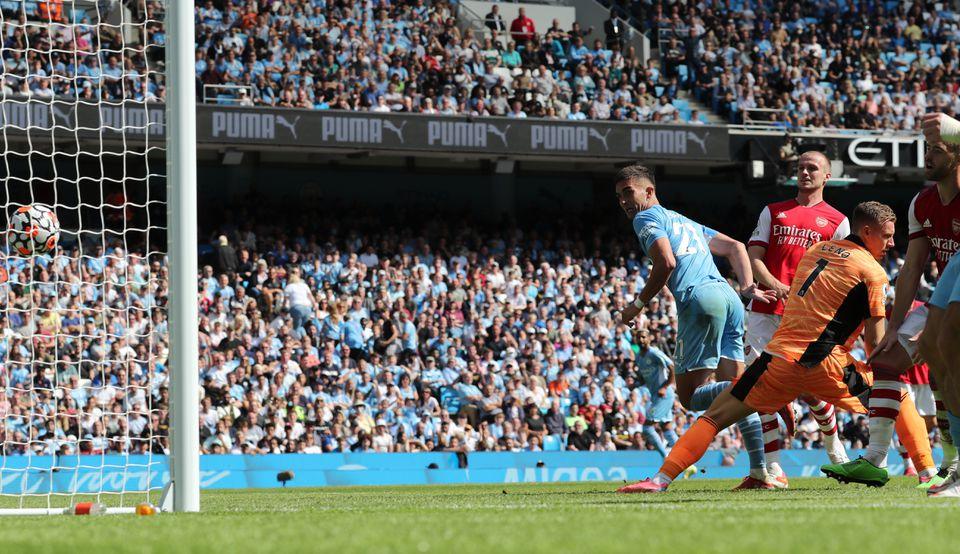 Manchester City make light work of thrashing hapless 10-man Arsenal