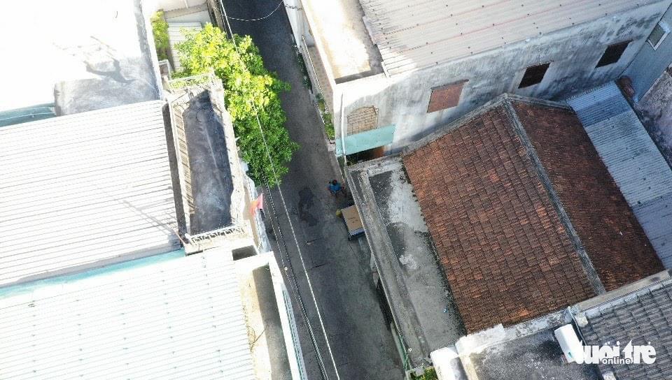 An aerial image of an alley in Hai Chau District, Da Nang, August 29, 2021. Photo: Tuoi Tre